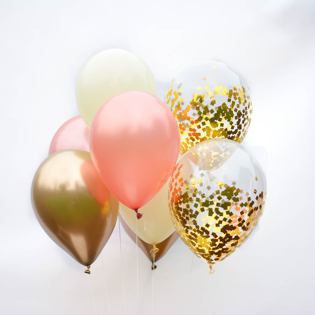 Gold confetti balloon bouquet