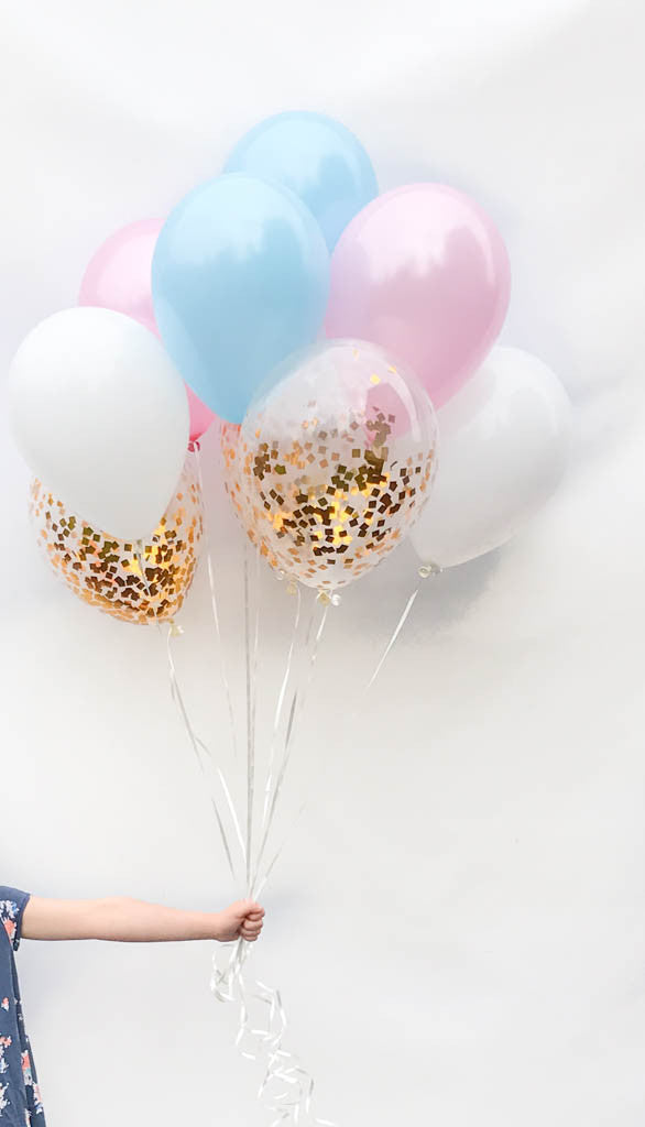 pink and blue baby balloon set