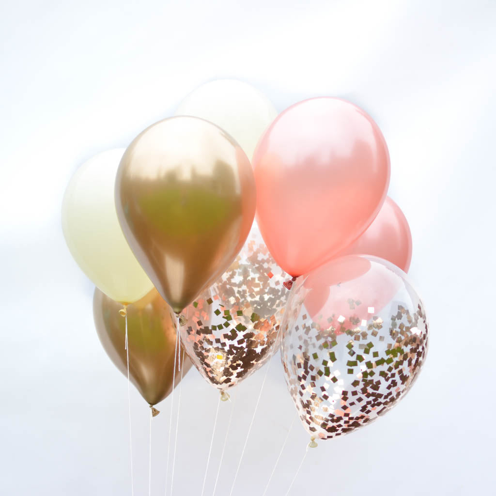 Rose gold confetti balloon bouquet blushing rose for Decoration rose gold