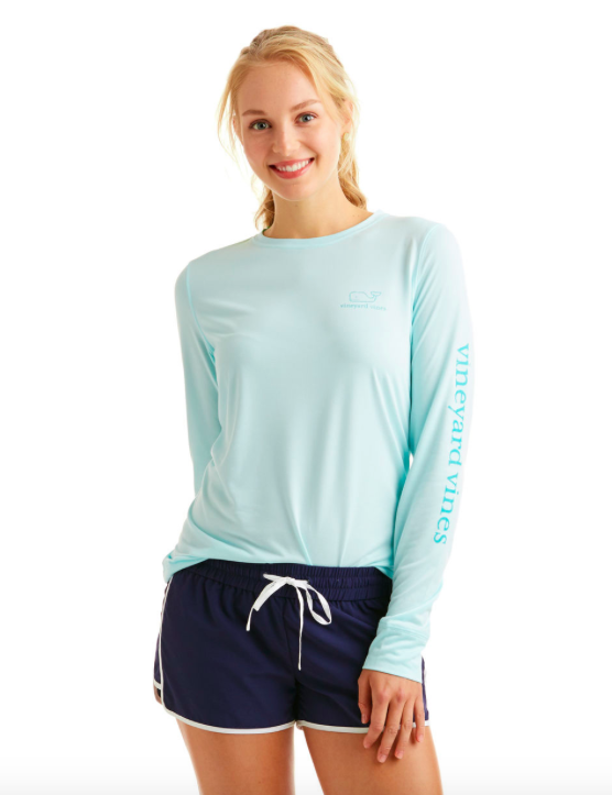 Vineyard Vines Women's Long-Sleeve Vintage Whale Performance Tee