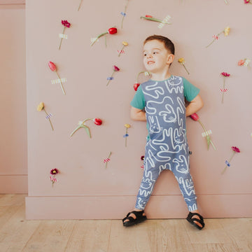 Short Sleeve Peek Pocket Rag Romper - 'Easter Bunnies' - Tempest Blue