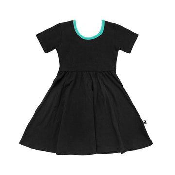 Short Sleeve Swing Dress - 'Black'
