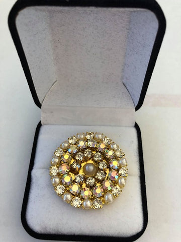 Pearl & Clear Rhinestone Crystal Stock / Lapel Pin in Gift Box