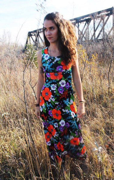 'Earth Laughs Flowers' Vintage Dress