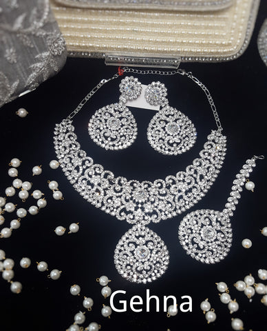 Akriti Necklace Set
