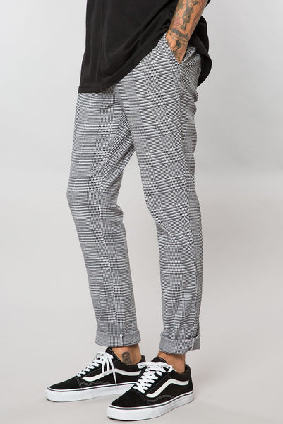 Grey Houndstooth Plaid Slim Tapered Pant