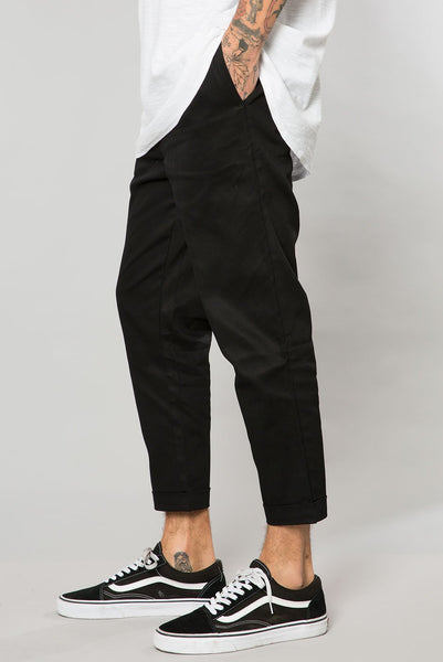 Black Stretch Twill Pleated Trouser