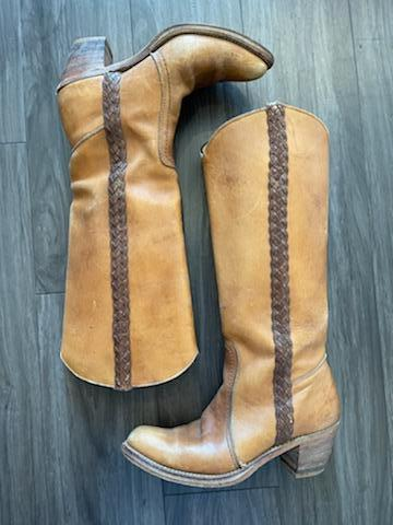 Vintage 90's Camel Bermans Tall Riding Boot