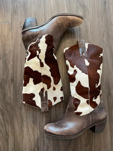 Vintage 1980's Brown and White Cow Hide Leather Boot