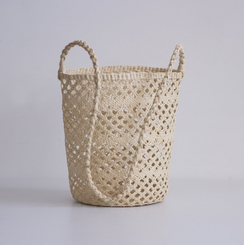 Straw Bucket Bag // Eyelet Weave