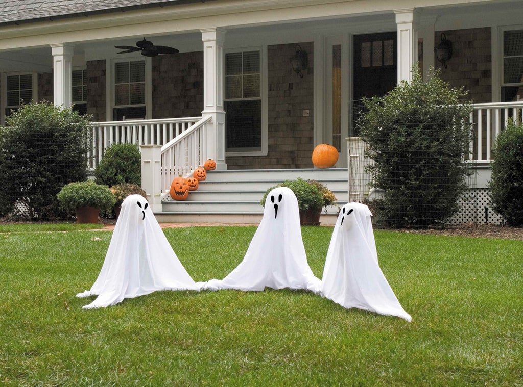 Small Light Up Ghostly Group