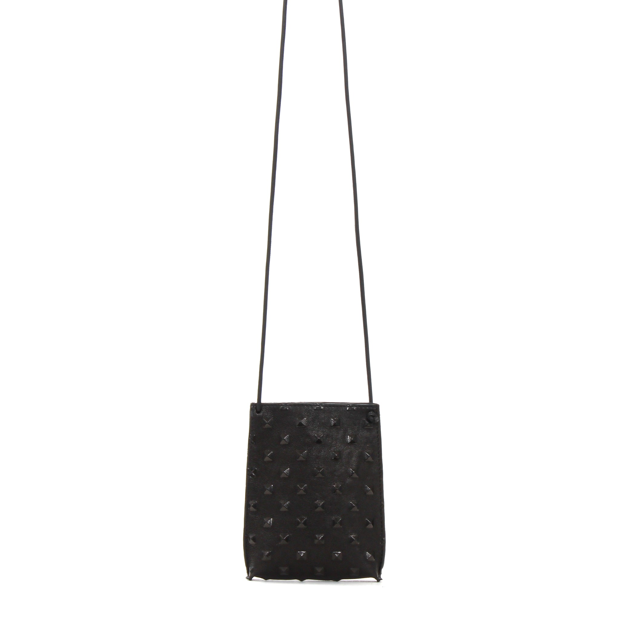 CELL POUCH BLACK STUD