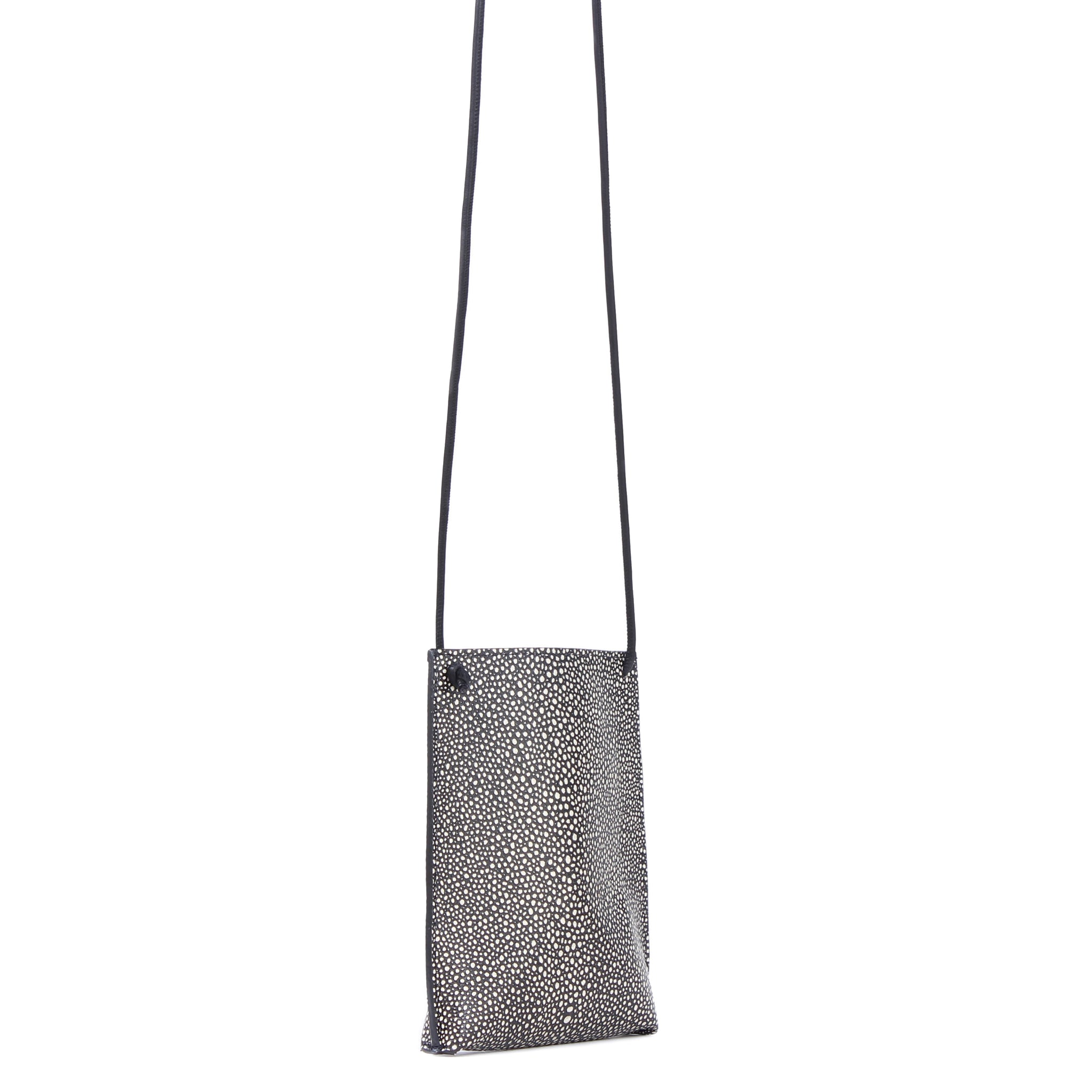 CELL POUCH BLACK SHAGREEN