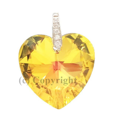 Heart Pave Pendant Embellished with Crystal from Swarovski 28mm