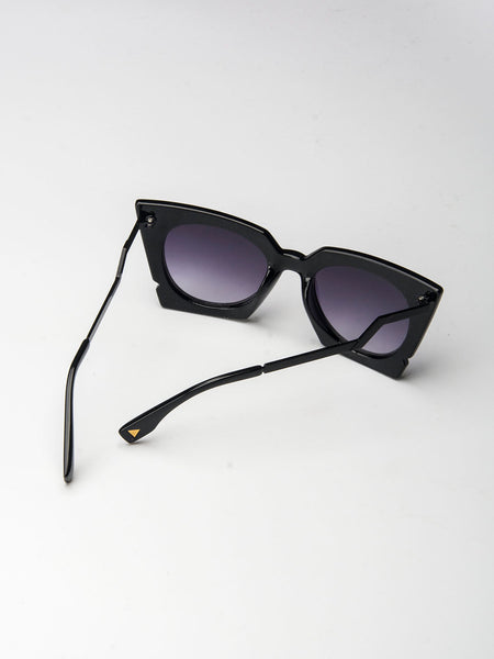 Black Chunky Cat Eye Tinted Sunglasses - MYNYstyle - 3