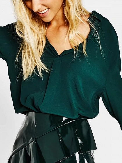 Green V-neck Long Sleeve Shirt