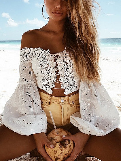 Off Shoulder Lace Panel Puff Sleeve Crop Blouse