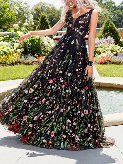 Black V-neck Floral Print Open Back Women Cami Maxi Dress