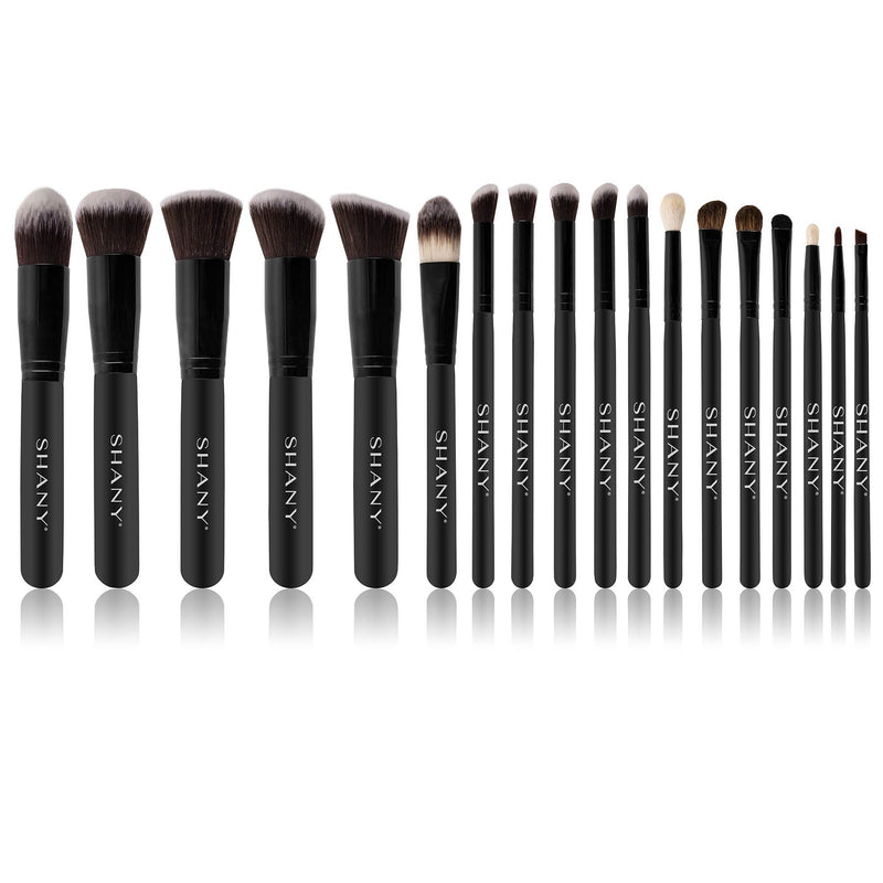 "SHANY Artisan's Easel 18pc Pro Makeup Cosmetics Brush Set w Organizer- Gift Set - BLACK - ITEM# SH-BR0018-BK - <div style=""text-align: center;"">With the right tools and inspiration, you can create the most beautiful art! With its light-weight and drawstring design, the SHANY Artisan's Easel easily transforms from an o"