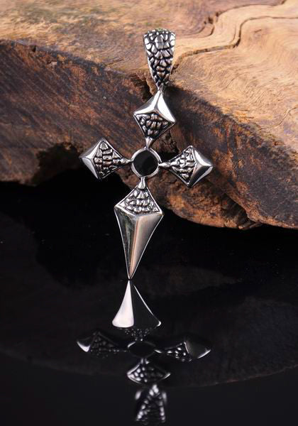Vintage Clover Cross 316L Stainless Steel Pendant Necklace