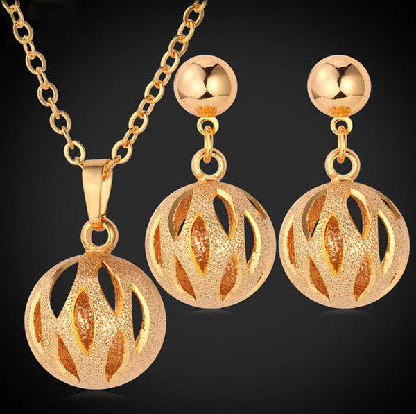 Elegant Ball 18K Gold/Platinum Plated Necklace Earrings Jewelry Set