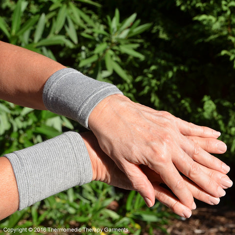 Wrist Supports With Far Infrared Thermal Therapy Treatment