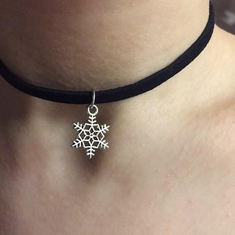 Snowflake Dangle Choker
