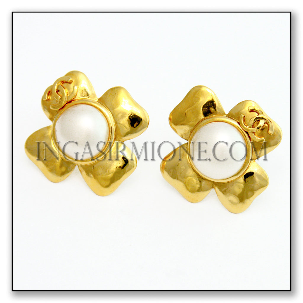 CHANEL CLOVERLEAF EARRINGS
