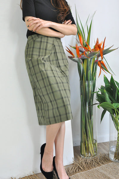 Origami Waistband Plaid Skirt