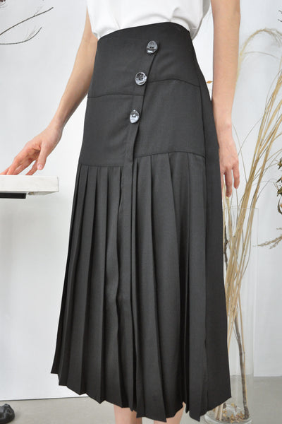 Buttons Long Pleated Skirt