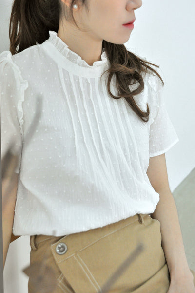 Pin Tuck Frills Collar Blouse