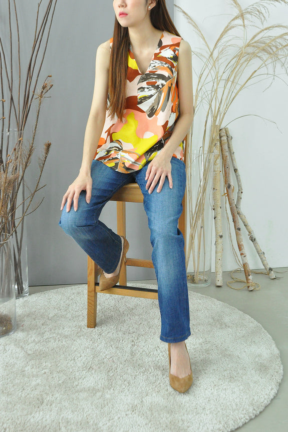 V-Neck Printed Panel Top