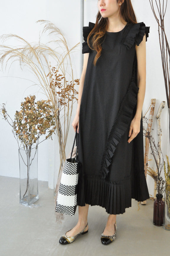 Pleated Trimmings Long Dress