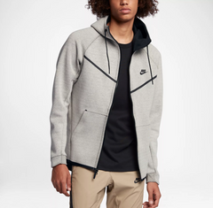 Tech Fleece Windrunner - Schrittmacher Shop
