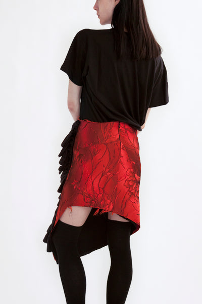 office skirt in lava flower jacquard with ruffle appliqué