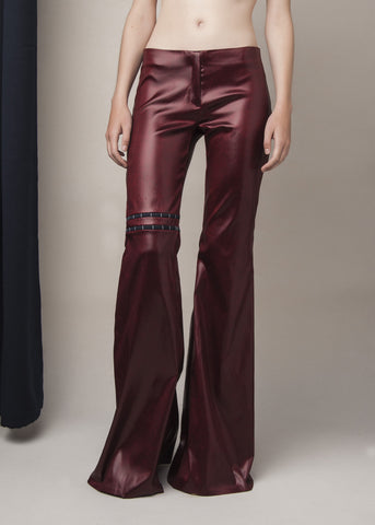 flared pants in oxblood stretch acetate