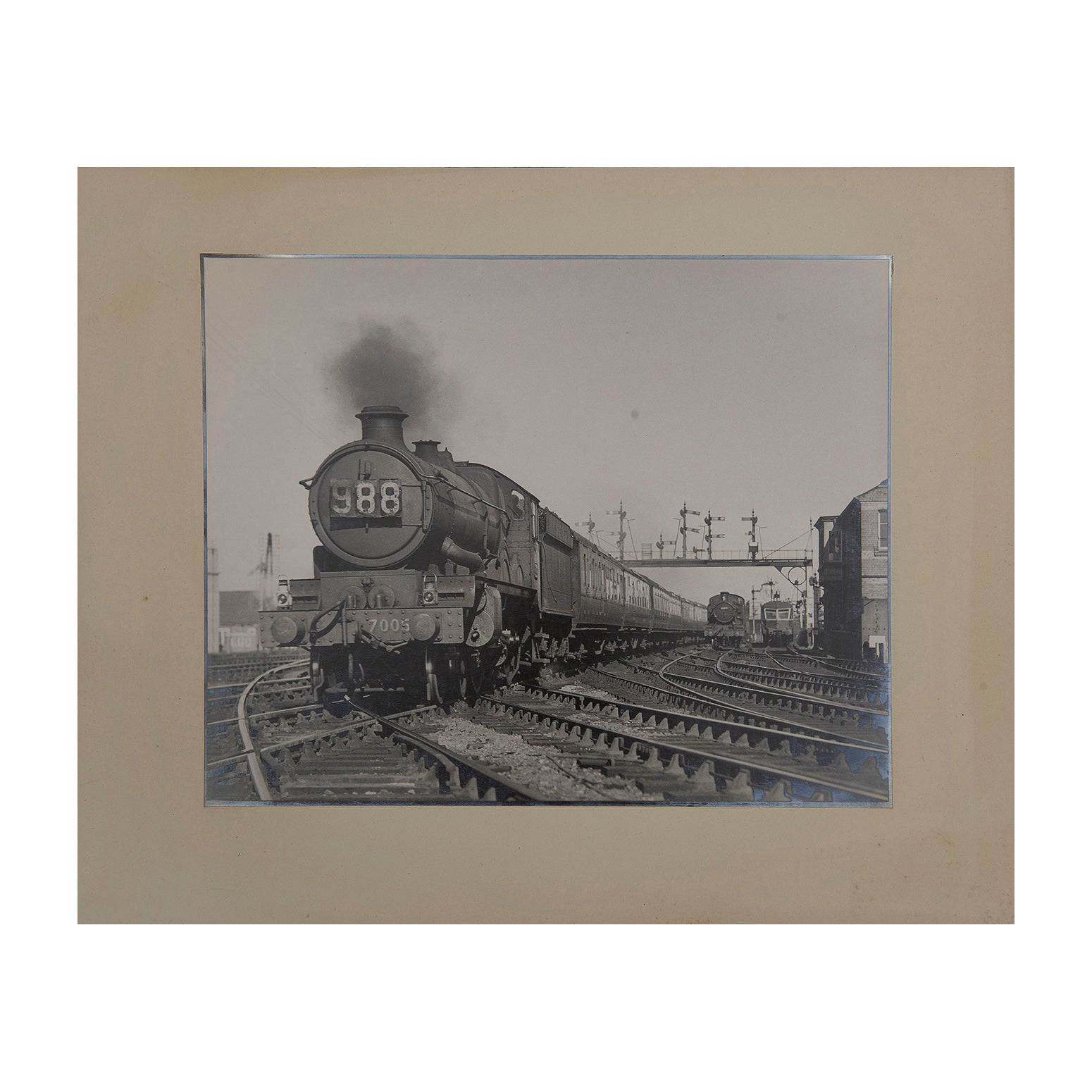 Original Maurice Earley photographic print:  The 4.55 pm Paddington to Cheltenham Spa passing Reading Junction