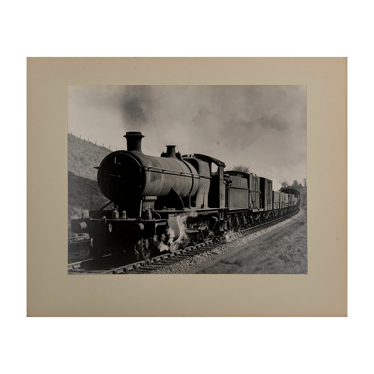 Original Maurice Earley photographic print:  Reading Down freight on Wellington Bank