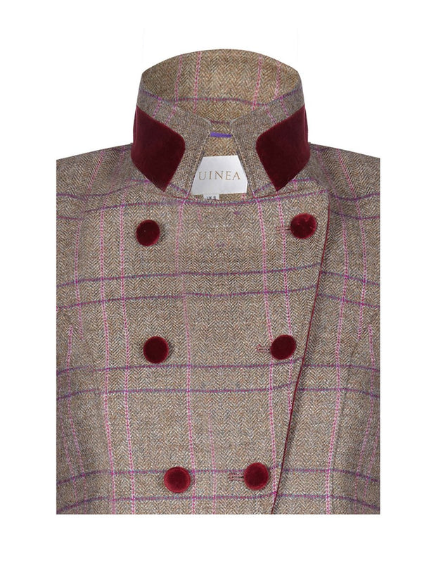 Velvet collar wool coat for women, in pink check tweed with double breasted, fitted cut