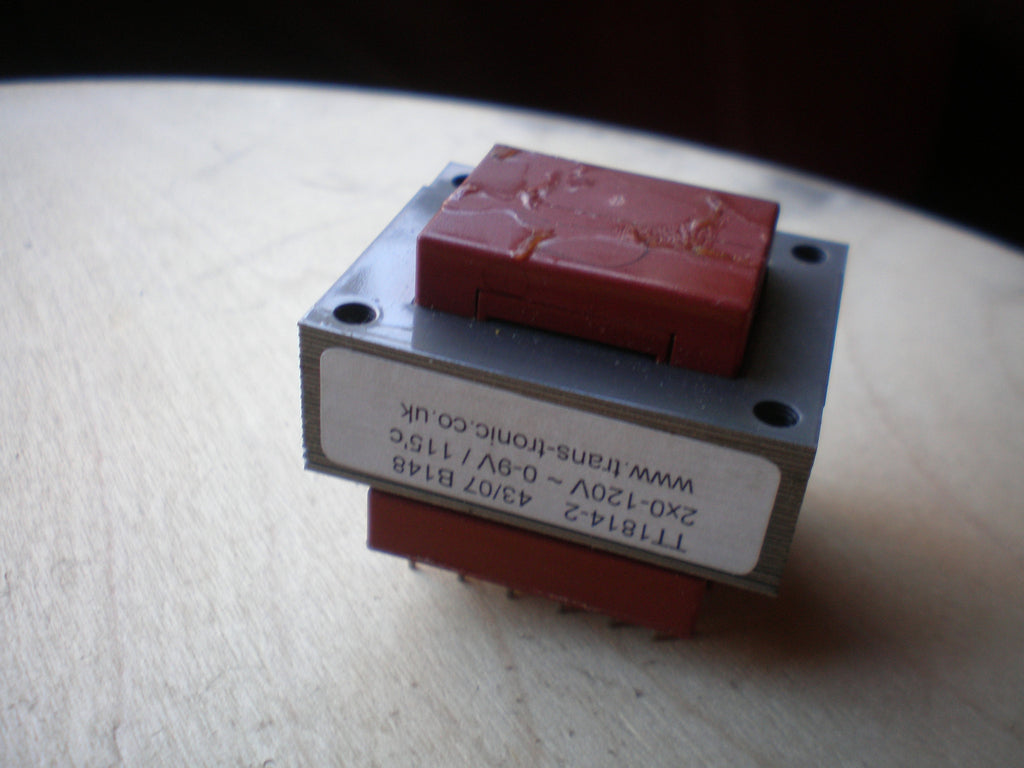 240 Volt transformer (0-110 0-110) to 9 Volts