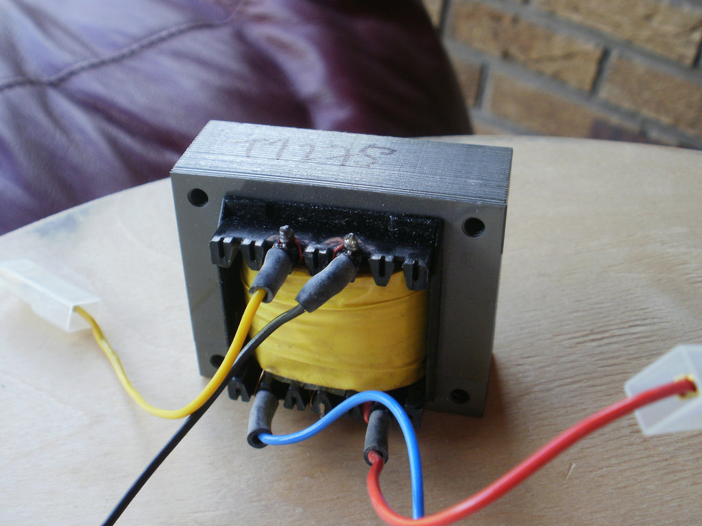80 Volt AC transformer output 5 Volts for high Voltage Fence pulse transformer