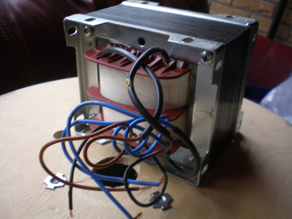 Massive 200-230 volt Transformer to 360volts 1 amp (at 240v)