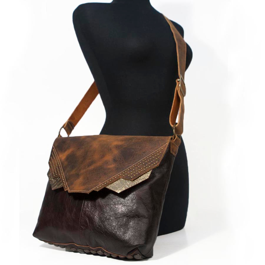 Calypso Messenger Bag