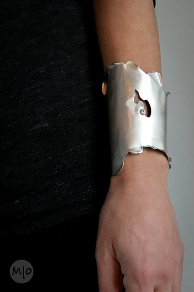 Version of Nature, Cuff
