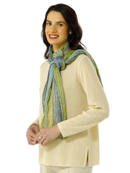 Daniela in Linen with Scarf