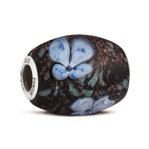 """Hydrangeas by Moonlight"" Glass Cornerstone Bead"