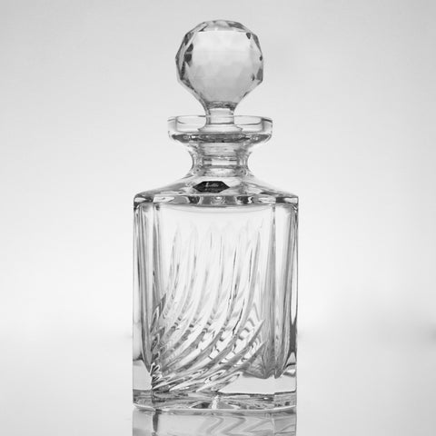 Flame Cut Diamond Crystal Whiskey Decanter - Gifts by Kasia - 1