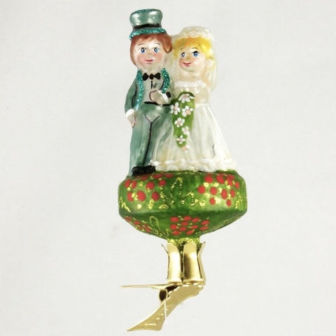 Wedding Couple on Clip Christmas Ornament - www.giftsbykasia.com - 1
