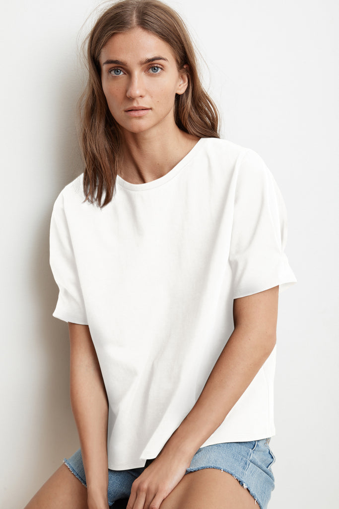 BENITA STRUCTURED COTTON SHORT SLEEVE CREW NECK TOP IN WHITE