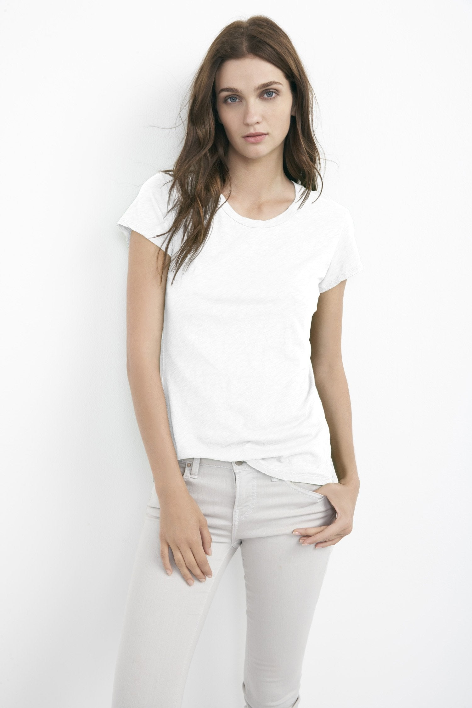 ODELIA COTTON SLUB CREW NECK TEE IN WHITE